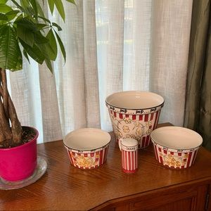 Tabletops Unlimited Popcorn Bowl Set with Shaker